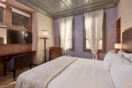 Domus Renier bedroom