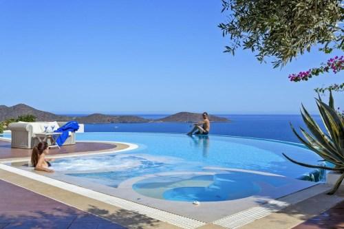 Elounda Gulf Villas & Suites infinity pool