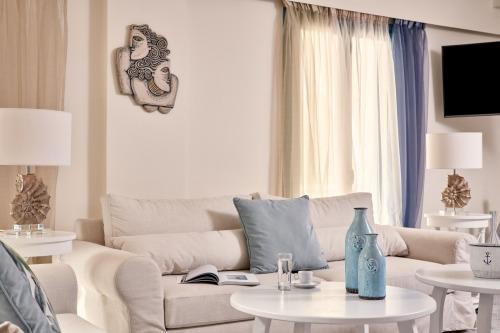 Lagos Mare living room