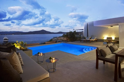 elounda peninsula private pool with terrace