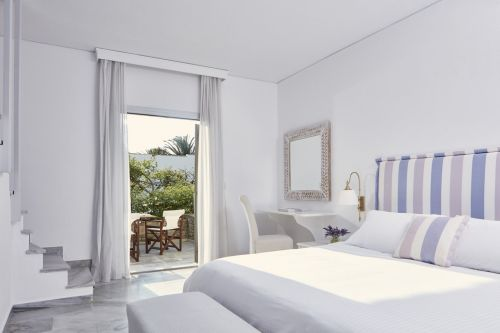 Yria hotel room