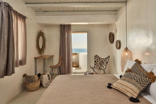 Naxian on the beach room