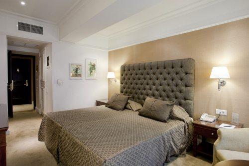 Hera standard room