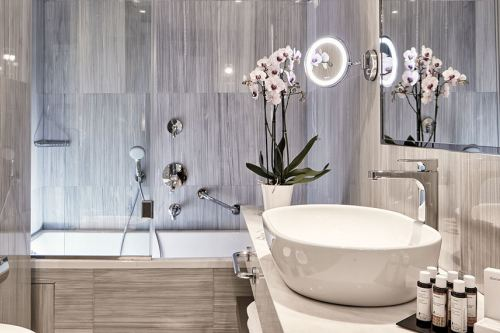 Electra Metropolis bathroom-suite