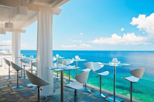 Hotel Petasos Beach beach bar