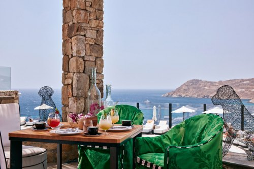 Hotel Royal Mykonian beach dining