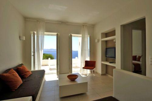 Archipelagos Resort executive room