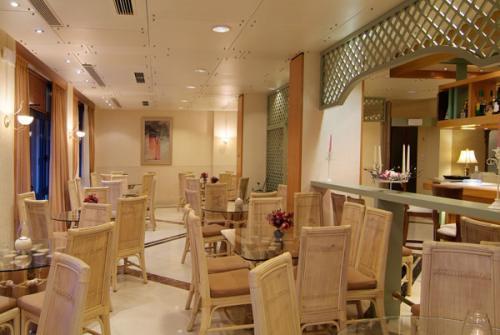 Hotel Kalafati cafe