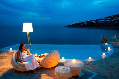 Hotel Petasos Beach outdoor spa