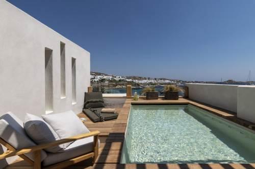 Hotel Kensho Psarou private pool