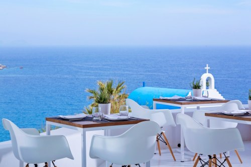 Pietra I Mare Hotel rooftop restaurant
