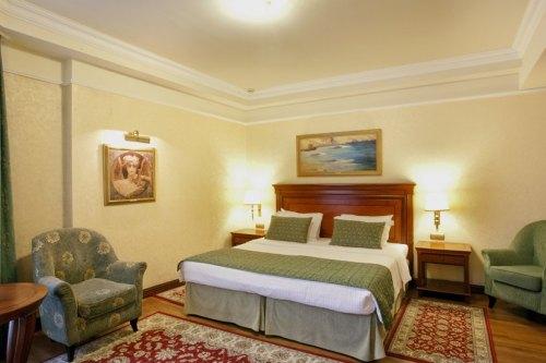Hotel electra palace room
