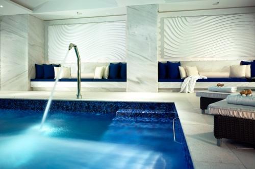 Hotel Petasos Beach spa