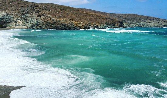 Kolibithra beach