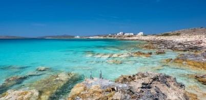 Paros shore