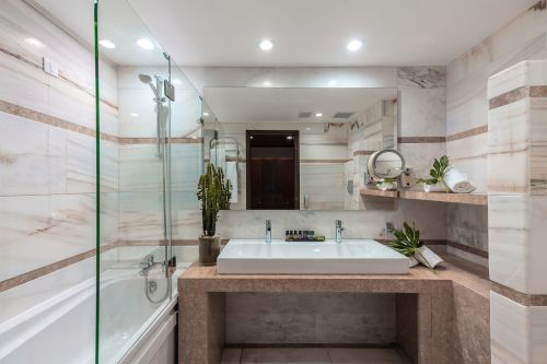 Porto Elounda Golf and Spa bathroom