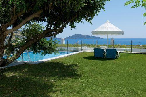 Porto Elounda Golf and Spa pool