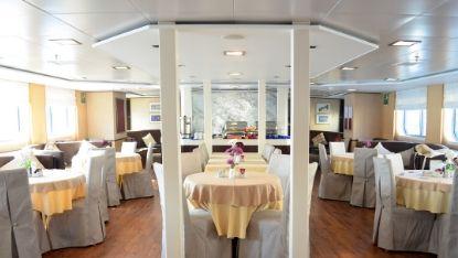 Harmony V dining area