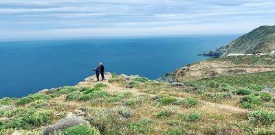 Mykonos Naxos Santorini island hopping trip